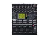 YAMAHA • Console numérique 32 canaux, 8 bus, 8 aux, 4 multi effets, 8 E/S ADAT-audio