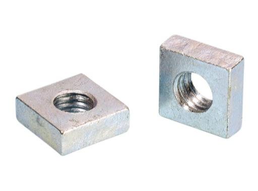 Ecrous cage carré • M6 par 100 pièces