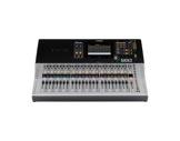 YAMAHA • Console numérique TF3, 24 Micros + 2 ST, 20 aux, 8 multi-effets, 10 GEQ-audio