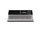 YAMAHA • Console numérique TF5, 32 Micros + 2 ST, 20 aux, 8 multi-effets, 10 GEQ-audio