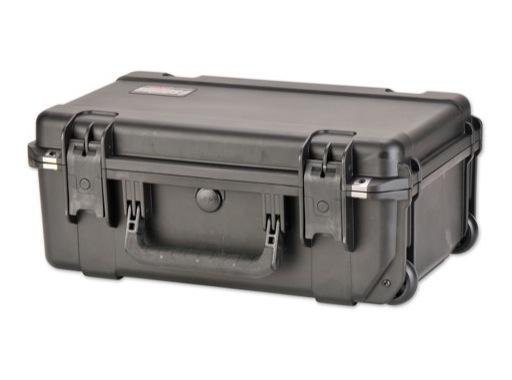 SKB • Valise étanche noire 517 x 290 x 191 (140+51) mm avec mousse + trolley