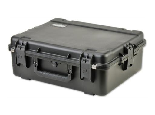SKB • Valise étanche noire 559 x 432 x 203 (152+51) mm avec mousse