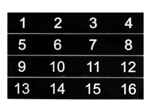 ESL • Etiquettes numérotées de 01 à 16 pour boîtier de scène NSBA2B, NSBA2C