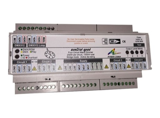ARTISTIC LICENCE • Gradateur spécial LED SUNDIAL QUAD DMX 4 x 250 W