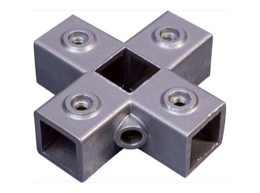 Raccord carré 40/40 5 voies en étoile