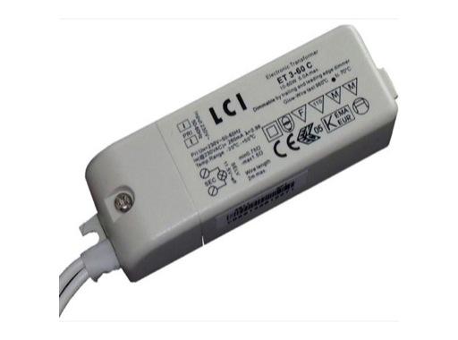 TRANSFORMATEUR • électronique graduable 12V 20 à 60VA